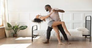 การเต้นช่วยฟื้นฟูโรคสมองเสื่อม